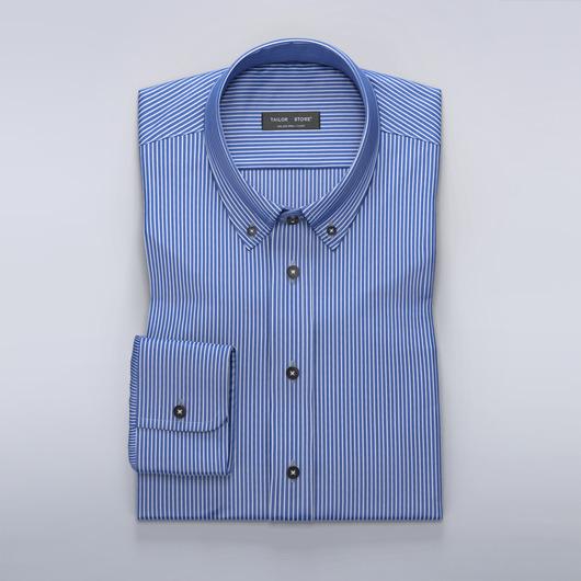 Chemise en bleu foncé avec des fines rayures blanches