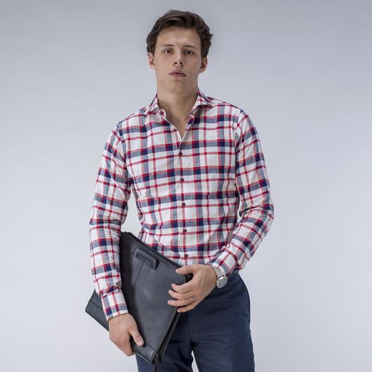 Rödrutig skjorta