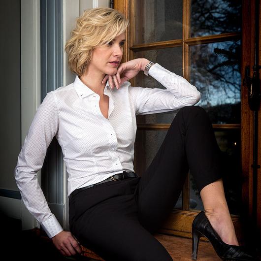 Chemise blanche business pour femmes à pois