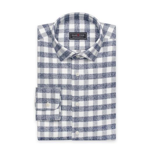 Tykk flanellskjorte i hvitt med grå ruter