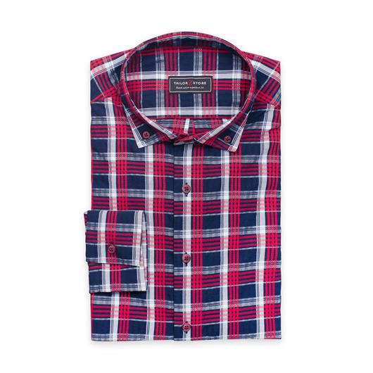 Airy dress shirt in seersucker fabric
