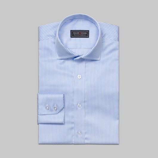 Hellblau/weiß gestreiftes Twill-Hemd